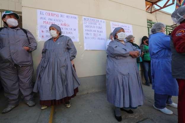 Médicos bolivianos